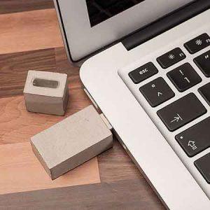 Memoria USB con carcasa de hormigón