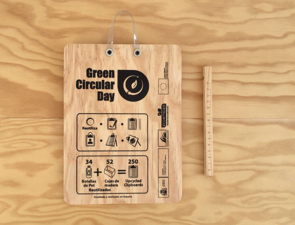Upcycled clipboard para el Green Circular Day
